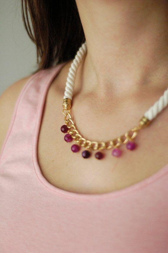 Rope Short Necklace N4 - Agate Gem Ornamental Semi-Precious Stone - Gold Brass - Pink Fuchsia Maroon Ivory Cream Cotton