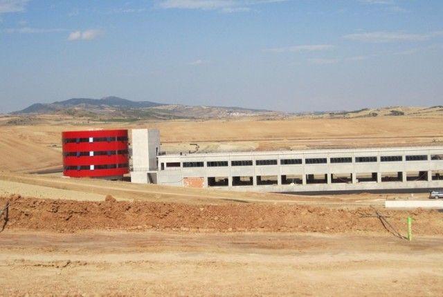 Los Arcos Circuit - termolac ® RAL 3000 - Los Arcos, Navarra (SPAIN)