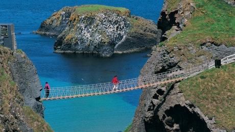 Carrick-a-Rede Rope Bridge, northern ireland: Bridges Challenges, Carrickar Ropes, Carrick A Red Ropes, Favorite Places, Exhilar Bridges, Beautiful Places, Northern Ireland, Exhilar Ropes, Ropes Bridges