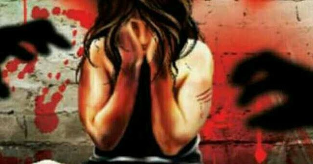 """SHOCKING: 19 Year Old Found Dead at Dagapur in Siliguri - Family Alleges Rape and Murder   The body of a 19-year-old girl with strangulation marks on the neck and without any clothes was found at Dagapur Tea Estate near here yesterday morning.  The teenager's father who is a conservancy worker with the Siliguri Municipal Corporation has filed a police complaint alleging rape and murder.  The girl's neighbours said she left home yesterday morning but never returned.  """"She used to go to…"""
