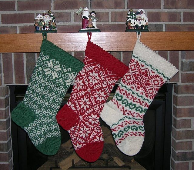 Knitting Patterns For Xmas Stockings : Best 25+ Knitted christmas stockings ideas on Pinterest