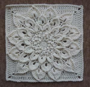 The Crocodile Flower Square {done in solid color is very pretty}...free pattern by Joyce Lewis via Ravelry by samantha.silkwood