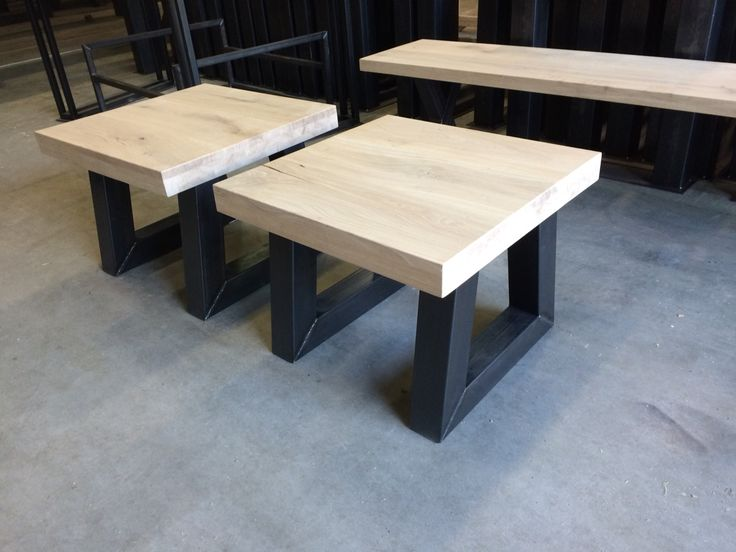 Salontafel eiken U schuin staal www.kaldenbach-meubels.nl
