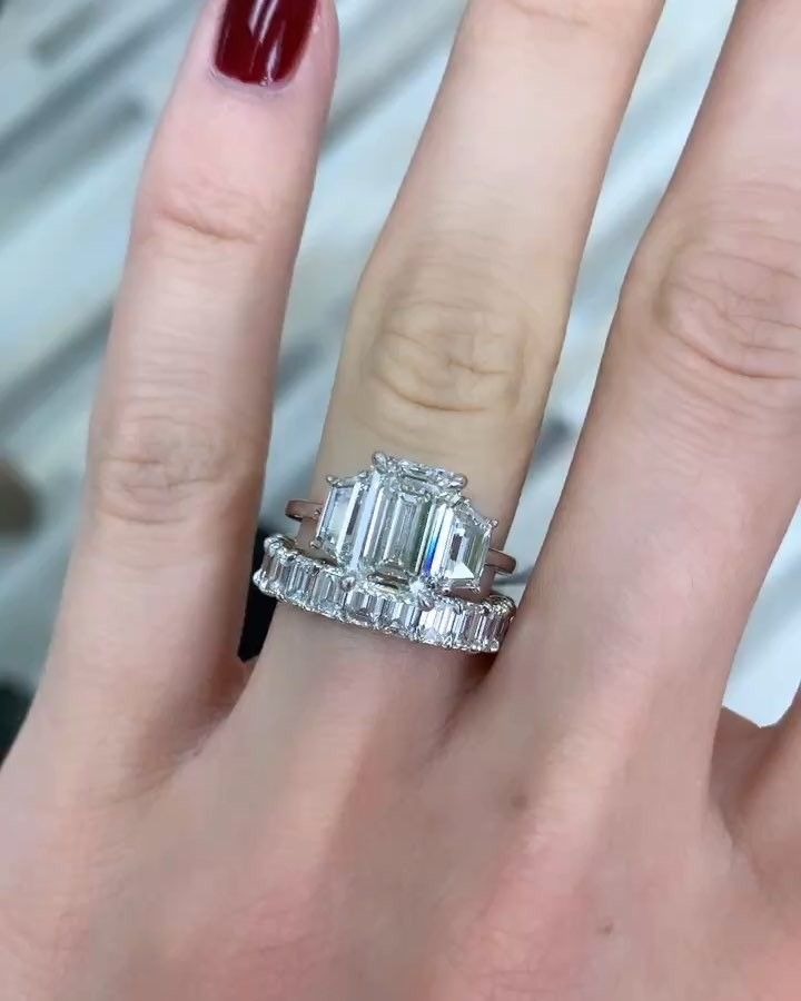 4.00ct Solitaire Emerald Diamond With Baguette Vintage Engagement Wedding Ring