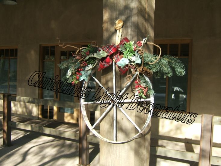 Best 25 southwestern outdoor holiday decorations ideas on for Decoration western country
