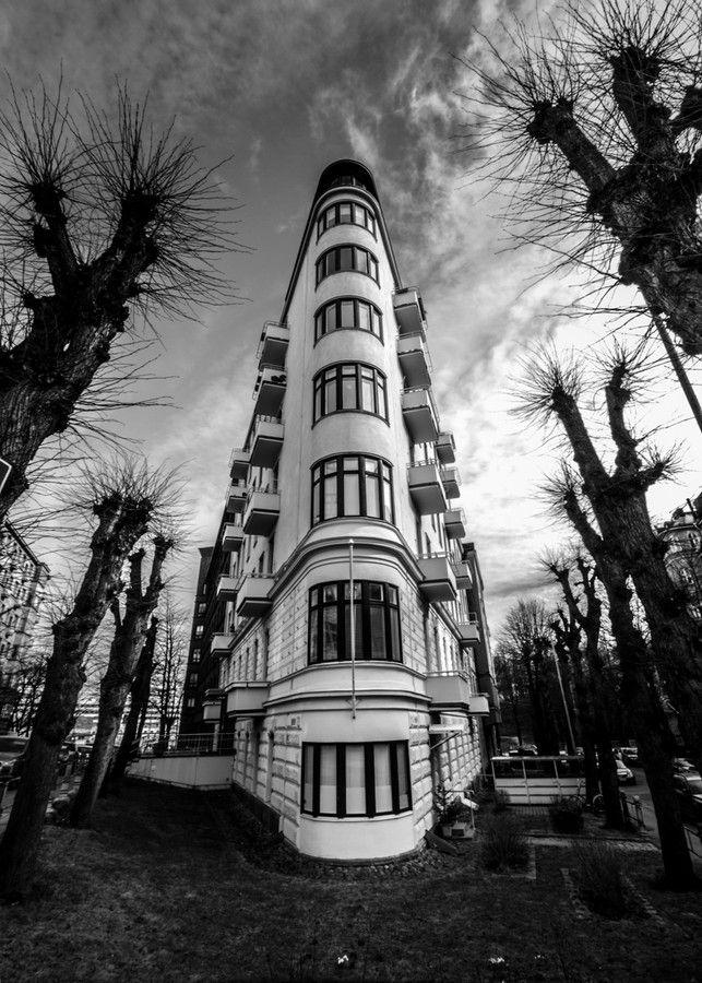 Silitysrautatalo ~ Flatiron House by Dmitriy Viktorov on 500px