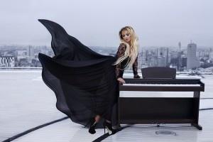 Giulia - Un om cu un pian | MusicLife