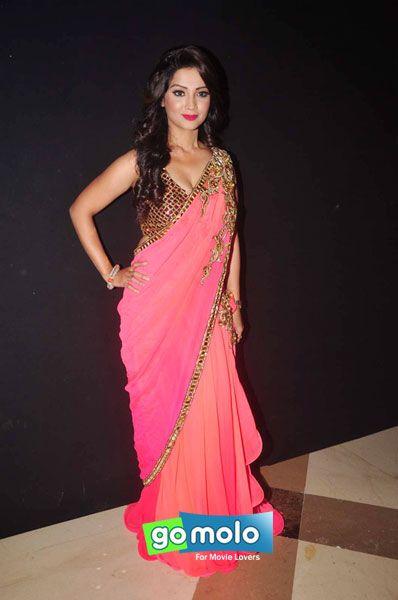 Adaa Khan at Anu Ranjan's 'Beti' fashion show at Hotel JW Marrriott in Mumbai