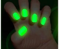 Google Image Result for http://images04.olx.co.za/ui/11/76/01/1341925558_412507501_1-Pictures-of--GLOW-IN-THE-DARK-nail-polish-and-jewellery.jpg