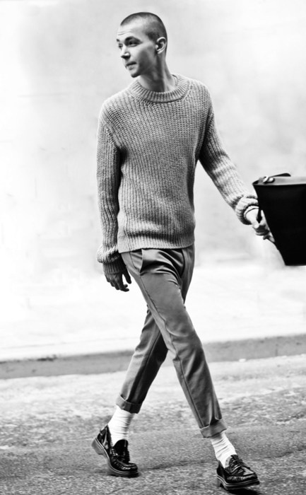 The timeless appeal of a crew neck jumper, cuffed chinos and off-white socks…
