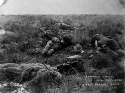 British dead littler the field following the Battle of Spion Kop, some of the 243 soldiers to fall there. (Ladysmith Siege Museum)