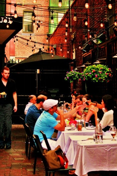 Russel House restaurant in Harvard Square, Cambridge <3