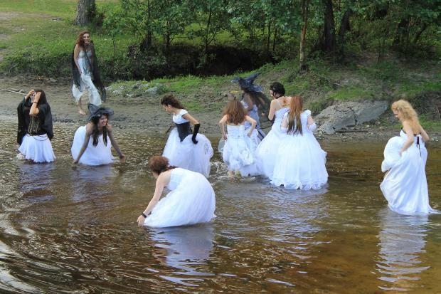 Свадебное платье в кургане
