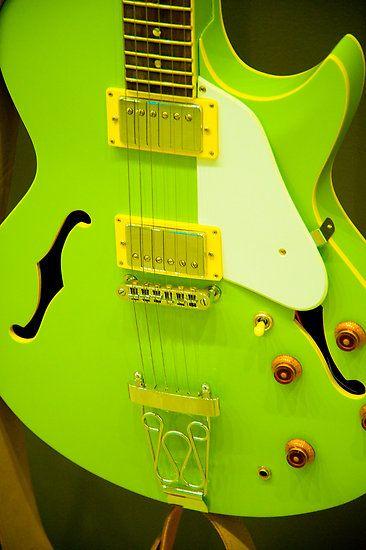 Neon Green Guitar ☻                                                                                                                                                                  ⇜•ṄεΦЙ❉€яᗛƶΣ•⇝