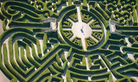 Marlborough Maze at Blenheim Palace uses an assortment of tricks to baffle its visitors. Photograph: Jason Hawkes/Corbis