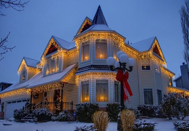 25 best holiday light displays bob vilas picks images on pinterest christmas lights ideas hang clear icicle lights on a victorian house red bow on lamp post beautiful in case i needed more reasons to want a victorian aloadofball Images