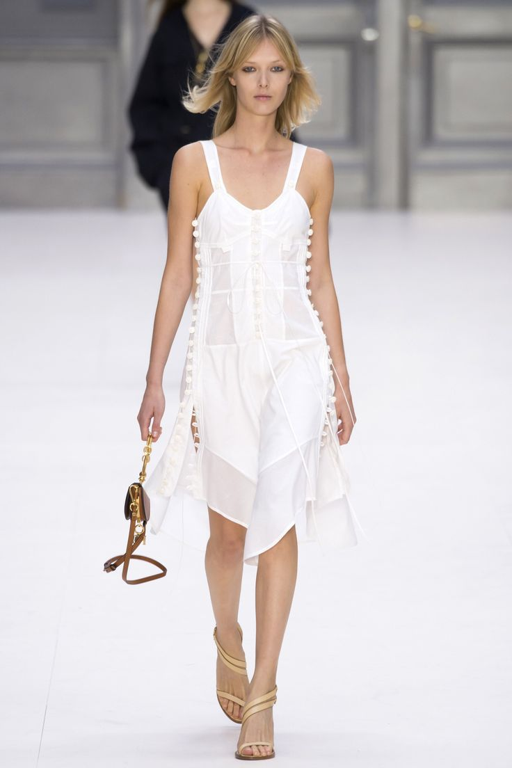Chloé - Spring 2017 Ready-to-Wear