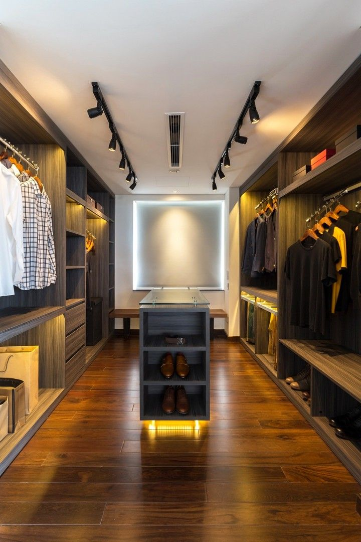 #frandgulo #design #interiordesign #decor #homedecor #beautiful #гардероб Строгий мужской гардероб