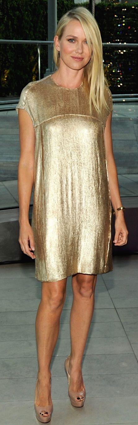 Naomi Watts                                                       …