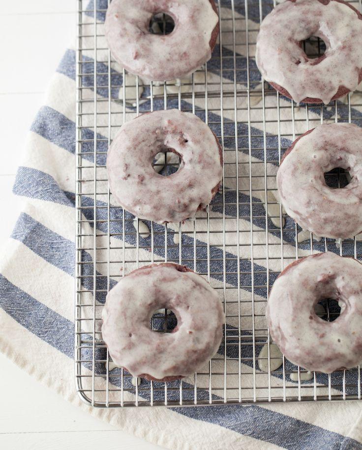 blackberry dOughnuts vanilla bean glaze