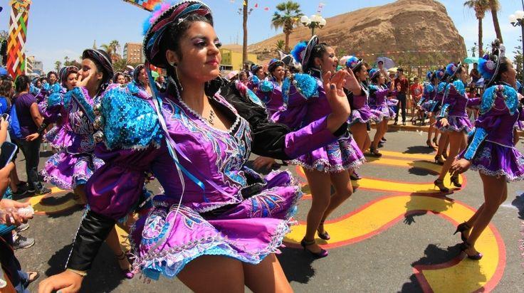 """Carnaval Andino """"Con la Fuerza del Sol"""" 2016 en Arica, Chile"""