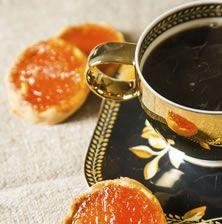 Μπισκότα που λιώνουν στο στόμα, με θεϊκή επικάλυψη από υπέροχη μαρμελάδα βερίκοκο