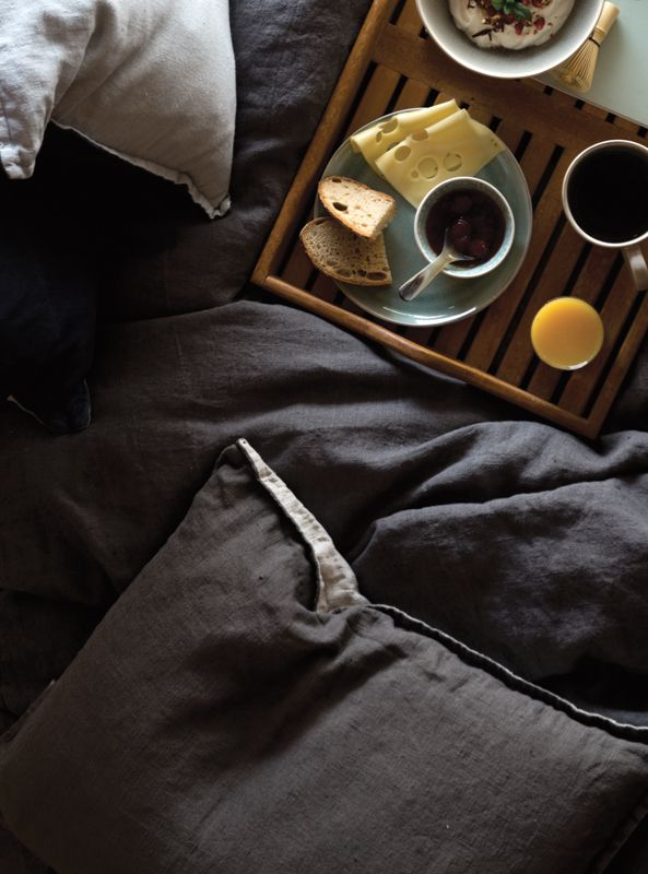 A.U Maison AW16. #aumaison #interior #homedecor #styling #danishdesign #bedroom #danishproduction #bedlinen #bedrunner #bed #breakfastinbed #linen