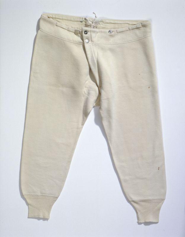Lange Unterhose (Männer, Unterkleidung, Unterteil)  Inventarnummer: T6709_b Datierung: um 1930 Material/Technik: Obermaterial: Baumwolle, el...