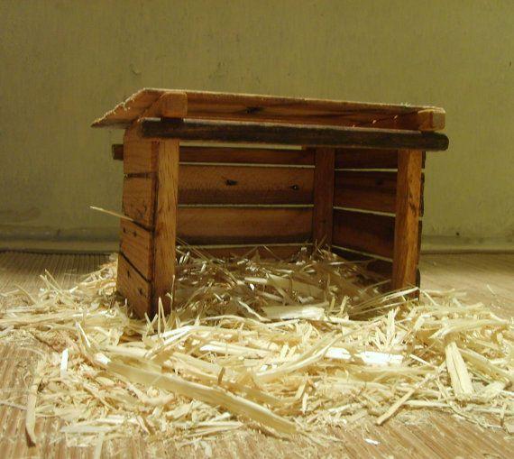 Crèche Nativity Manger Stable for Nativity by TheMomandPopWoodshop, $50.00