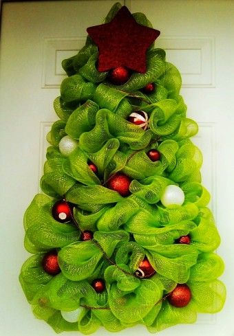 Simple Green deco mesh for Christmas tree decorating, Deco Mesh Christmas Tree, 2014 Deco Mesh Christmas Trees - Learn to make these deco mesh christmas tree 2014 ! by desireea99