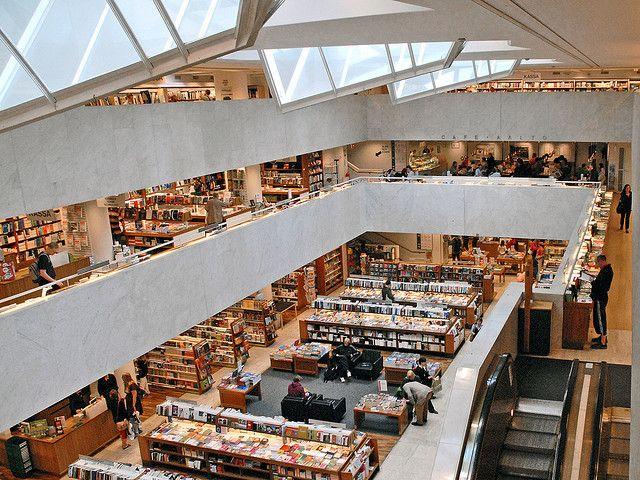 Akateeminen kirjakauppa/ Stockmann bookstore 1969 by Alvar Aalto, Helsinki