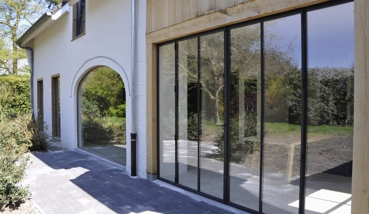 Ruime, luxueuse gerenoveerde villa op topligging!