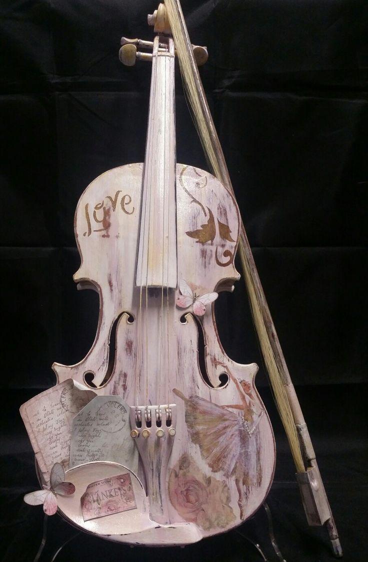 Violini romantici  Romantic violins  #shabby #shabbychicdecor #imperia #imieicorsi #lemieopere #imieicorsiadimperia #decoupage