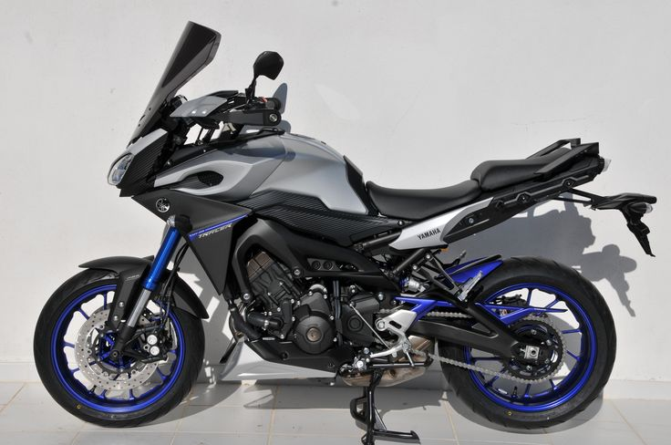 MT09/FZ9 Tracer 2015 left side view