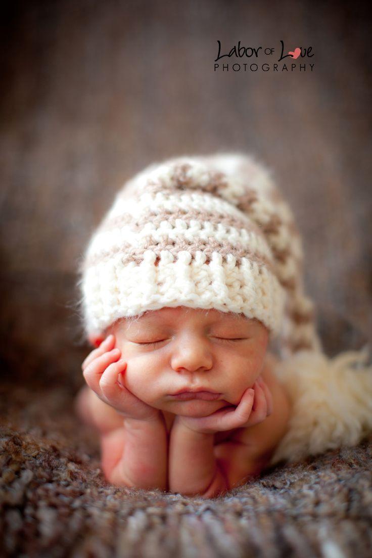 Inspiration pour la photographie de nouveau-né: aimez le chapeau … – #photographie bébé   – fotografie baby