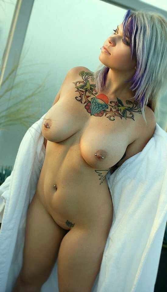 Free tattooed and pierced girls nude