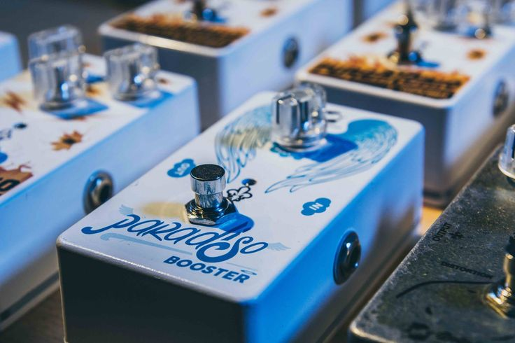 Celestial Sound with...Paradiso Booster. Dolphin's Sound 100% Hand Made. #firenze #icaccvm