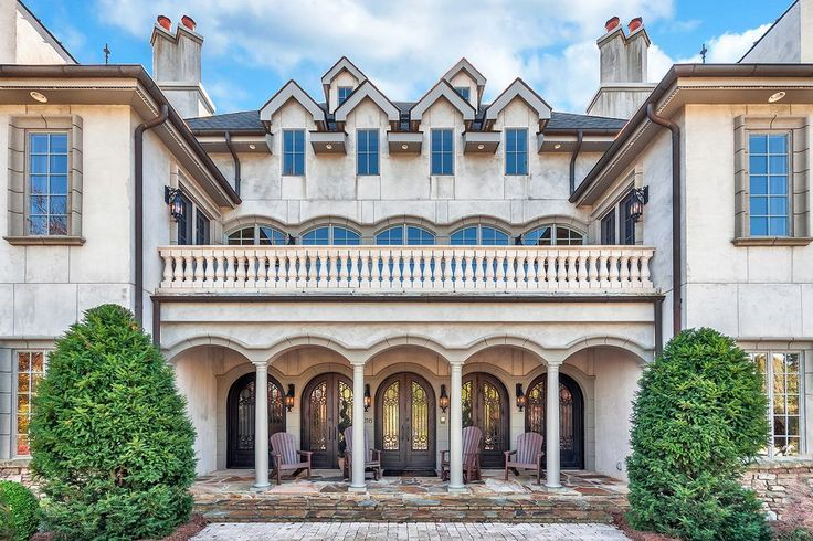 View 36 photos of this $3,950,000, 5 bed, 8.0 bath, 9670 sqft single family home located at 316 S Braeside Ct, Asheville, NC 28803 built in 2004. MLS # 3226319.