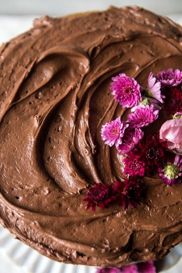 Coconut Banana Cake With Chocolate Frosting Receita Bolos