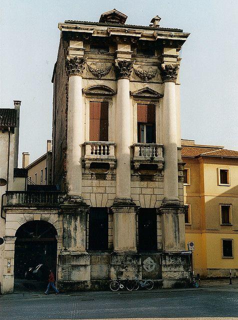 Andrea Palladio. Palazzo Porto-Breganze. Vicenza. 1570's #architecture #palladio