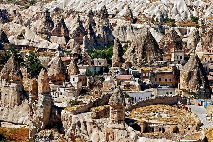 Amazing sunset at Cappadocia Turkey...a must see http://luggageheros.com