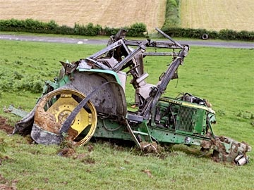 whoops farm accidents pinterest tractor international harvester and heavy equipment. Black Bedroom Furniture Sets. Home Design Ideas