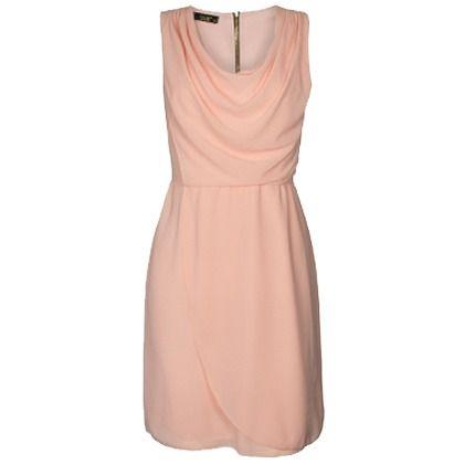 Deze feestelijke jurk is perfect voor een bruiloft! Shop hier vanaf: € 39,95