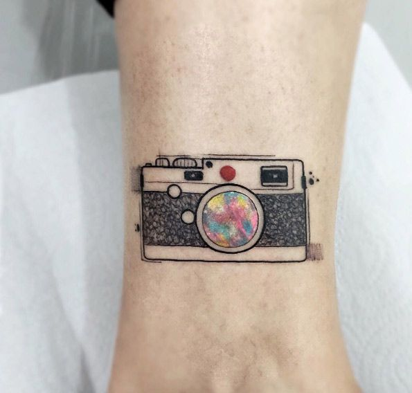 Watercolor camera by Felipe Mello