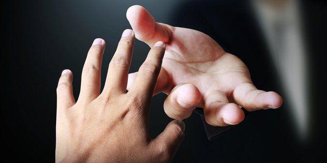 Cara Mendekati Seseorang yang Belum Dikenal dengan Mudah dan Cepat - #TipsKita - Sumber Gambar www.merdeka,com