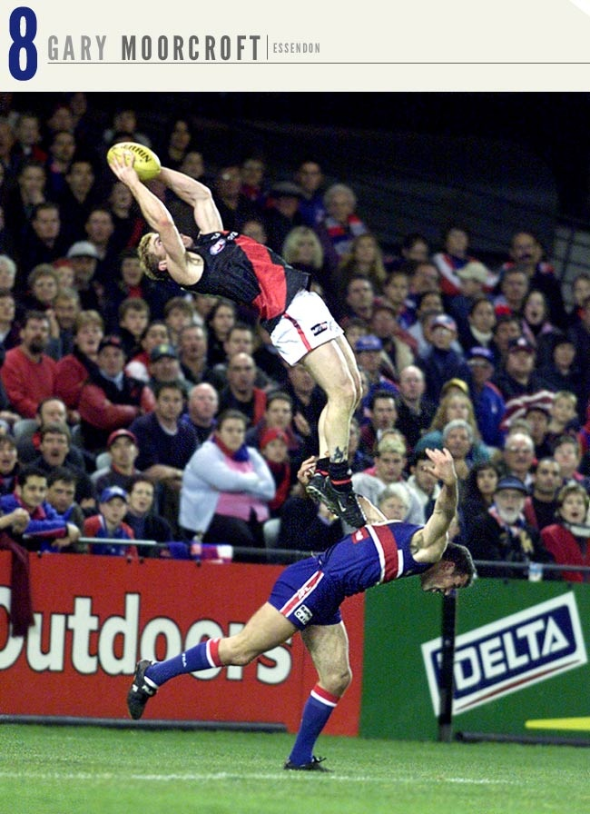 @AFL @SuperFooty Top 10 Best Speccies - #8 Gary Moorcroft. See the Bomber Fly up, up (2001)
