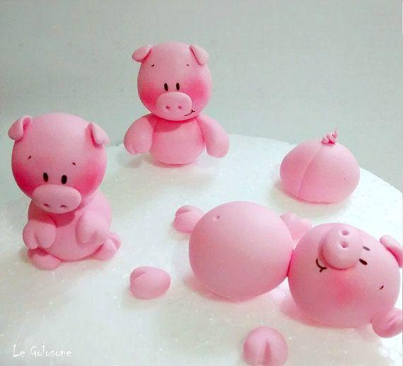 qty 3 fondant pigs 3 maialini di zucchero by LeGolosoneCakeLab