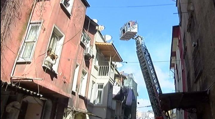 Beyoğlunda Korkunç Yangın: 3 Çocuk Öldü