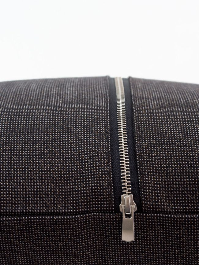 Coussin Vintage 60 X 60 cm, tissus pure laine fermeture éclair métallique argent, Made in France