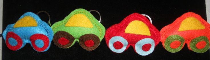 Αυτοκινητάκια από τσόχα, μπρελόκ. (key ring)
